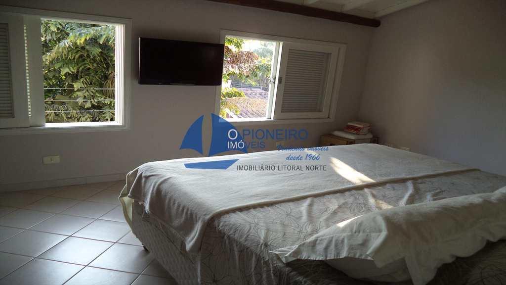 Casa de Condomínio em São Sebastião, bairro Camburizinho