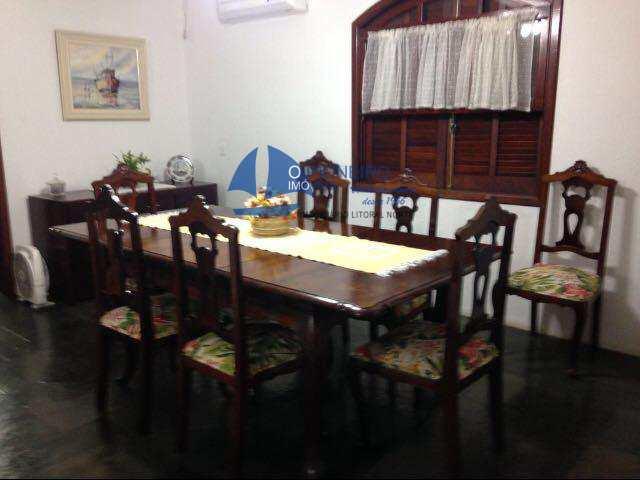 Casa em São Sebastião, bairro Barra do Una