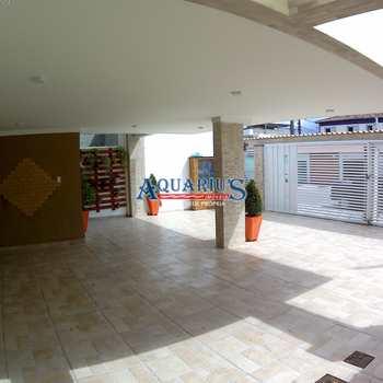 Casa de Condomínio em Praia Grande, bairro Samambaia