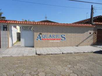 Casa, código 174056 em Praia Grande, bairro Maracanã