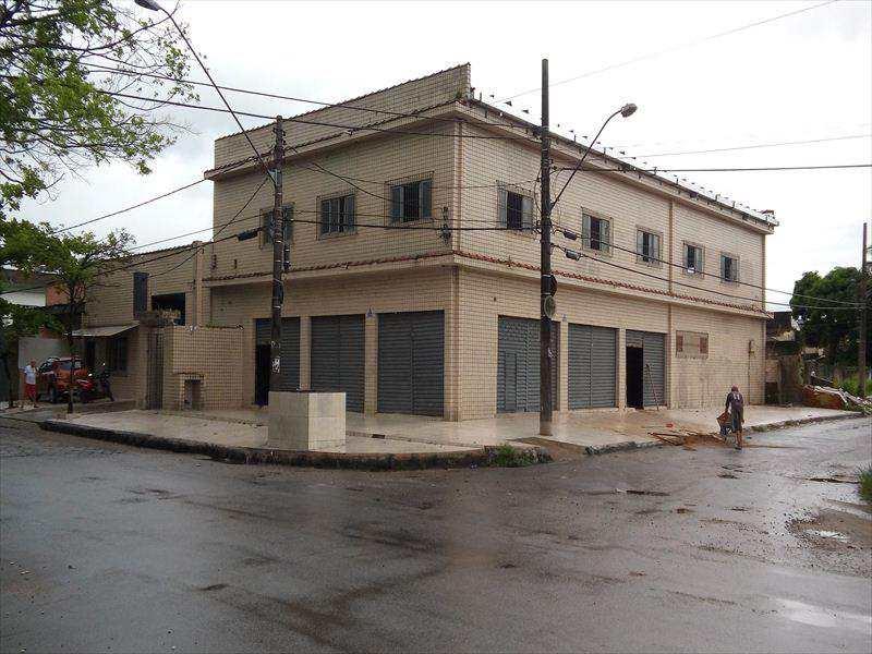 Prédio Comercial em São Vicente, no bairro Cidade Naútica