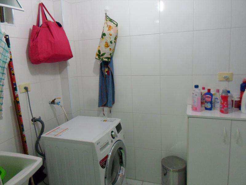 Casa de Condomínio em São Vicente, no bairro Vila Valença