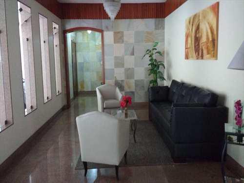 Apartamento, código 3535 em Santos, bairro Embaré