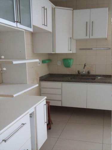 Apartamento, código 3453 em Santos, bairro José Menino