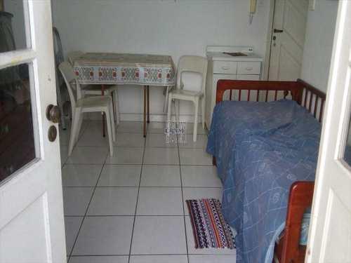 Kitnet, código 2824 em São Vicente, bairro Itararé