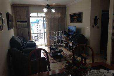 Apartamento, código 2724 em São Vicente, bairro Centro