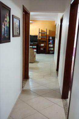 Apartamento, código 2695 em São Vicente, bairro Centro