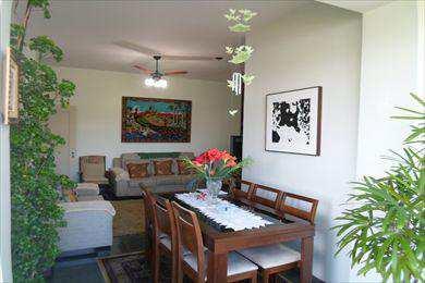 Apartamento, código 2365 em São Vicente, bairro Centro