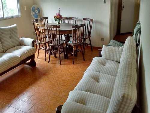 Apartamento, código 1745 em São Vicente, bairro Centro