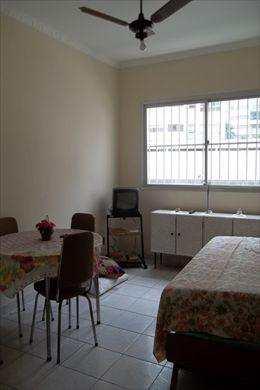Apartamento, código 1662 em São Vicente, bairro Centro