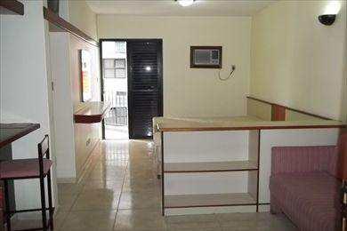 Flat, código 986 em São Vicente, bairro Centro