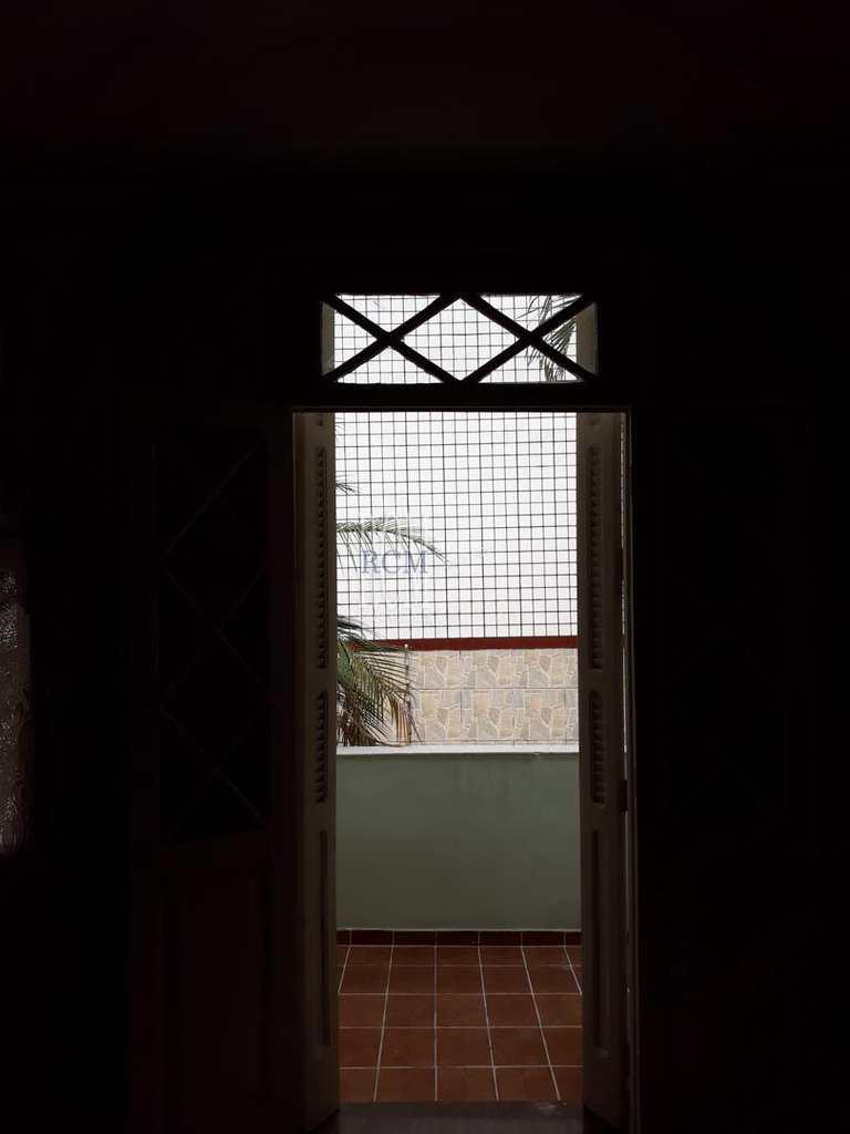 Sobrado em São Vicente, no bairro Itararé