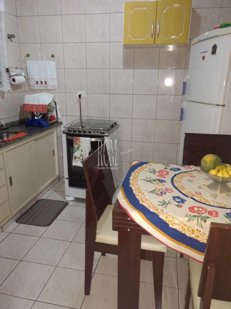 Sobrado em São Vicente, no bairro Vila Cascatinha