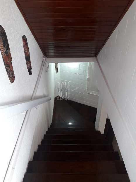 Sobrado em São Vicente, no bairro Morro dos Barbosas