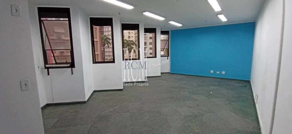 Conjunto Comercial em Santos, no bairro Gonzaga