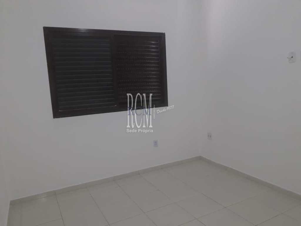 Apartamento em São Vicente, no bairro Catiapoa