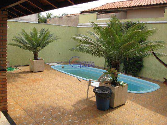 Casa em Jales, bairro Residencial São Lucas