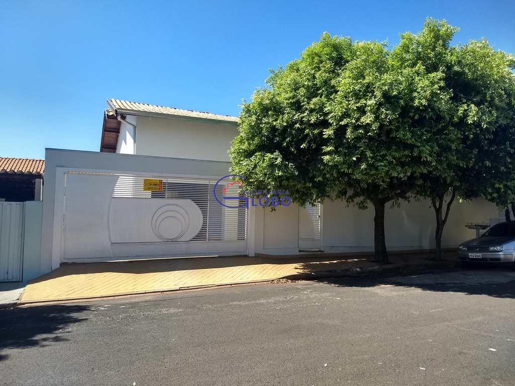Casa em Jales, bairro Jardim Santo Expedito