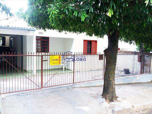 Casa em Jales, bairro Jardim Brasil