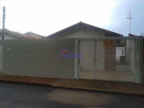 Casa, código 4326 em Jales, bairro Conjunto Habitacional José Antonio Caparroz Bogaz II