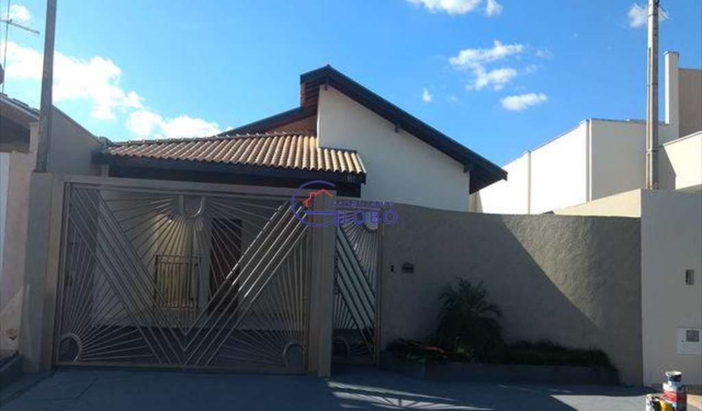 Casa em Jales, bairro Jardim Pires de Andrade