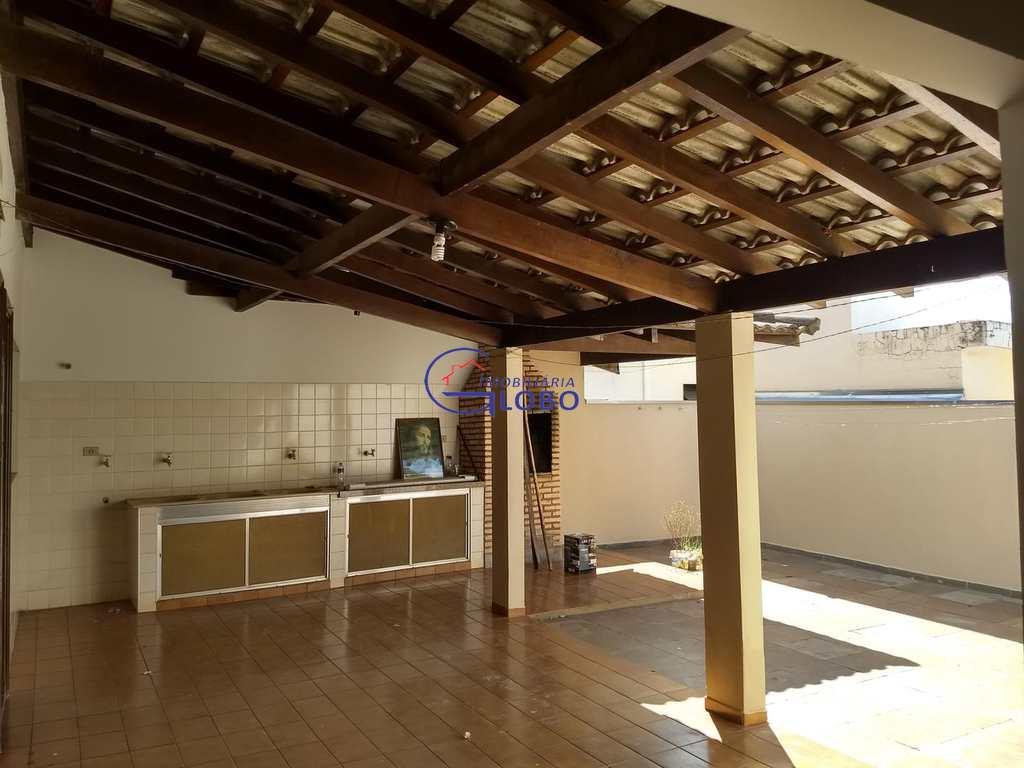 Casa em Jales, bairro Vila Maria