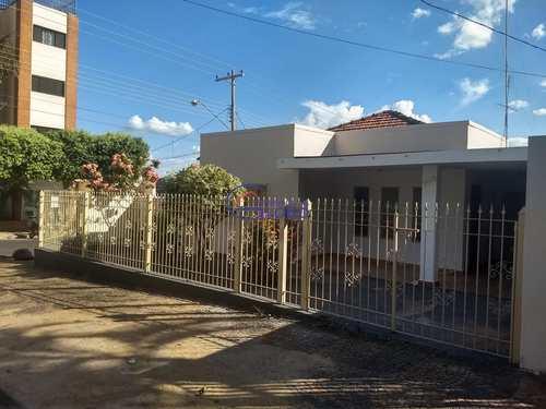 Casa, código 4519 em Jales, bairro Centro