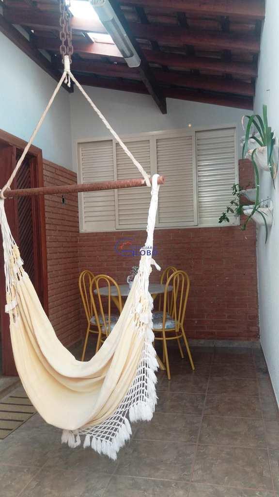 Casa em Jales, bairro Centro