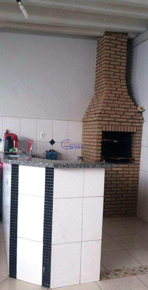 Casa em Jales, bairro Conjunto Habitacional Doutor Pedro Nogueira
