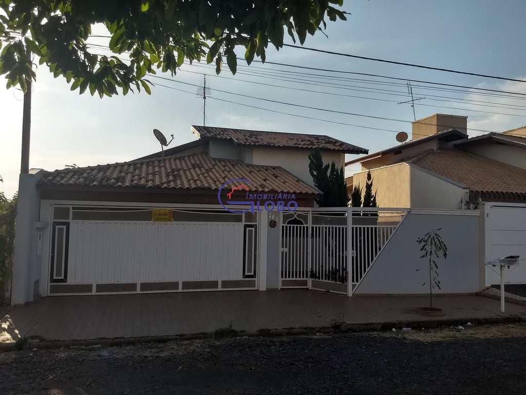 Casa em Jales, bairro Jardim Doutor Euplhy Jalles