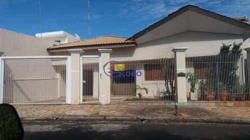 Casa, código 4536 em Jales, bairro Centro
