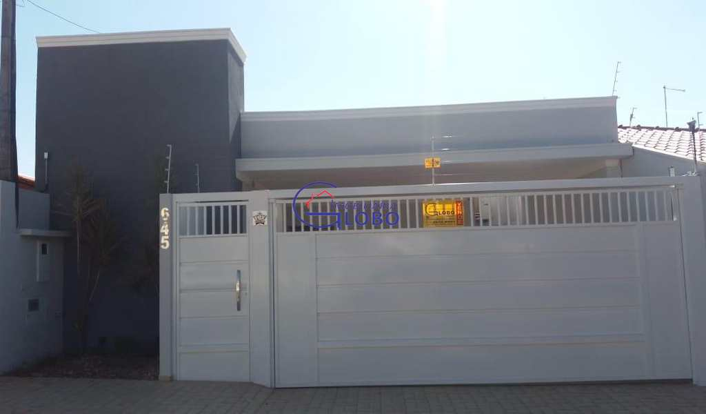 Casa em Jales, bairro Jardim Primavera