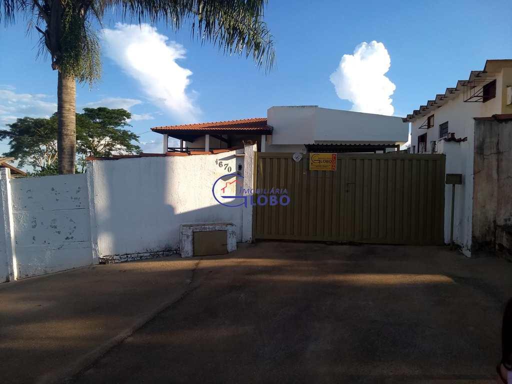 Casa em Jales, no bairro Subida Preta