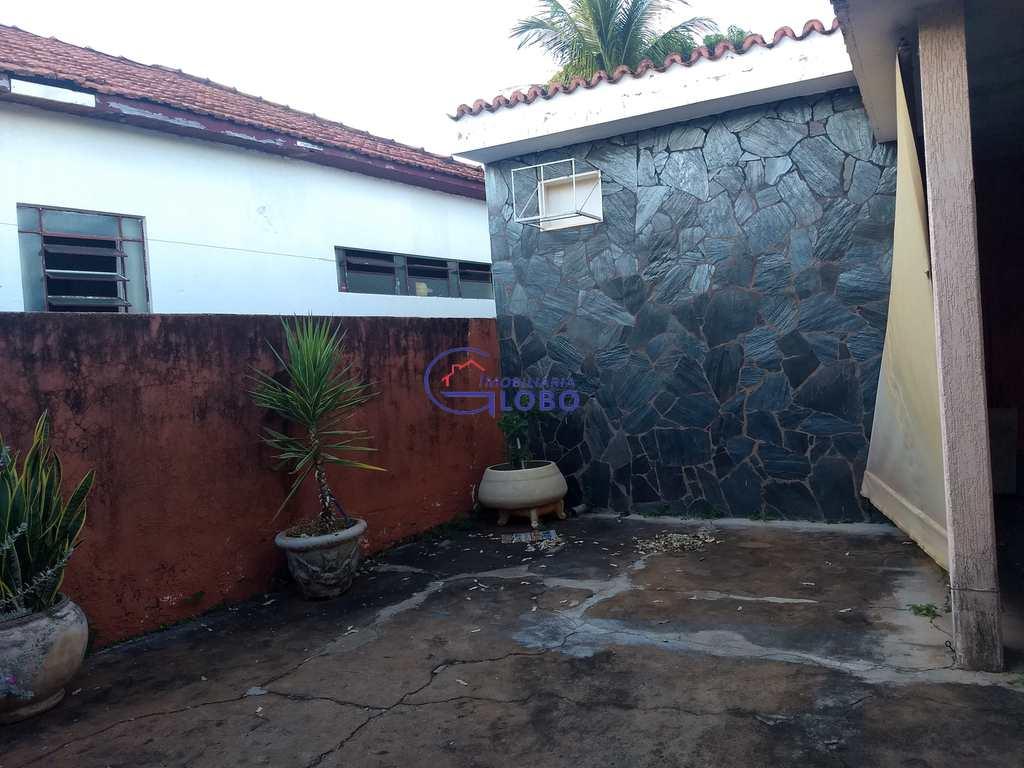 Casa em Jales, no bairro Vila Norma