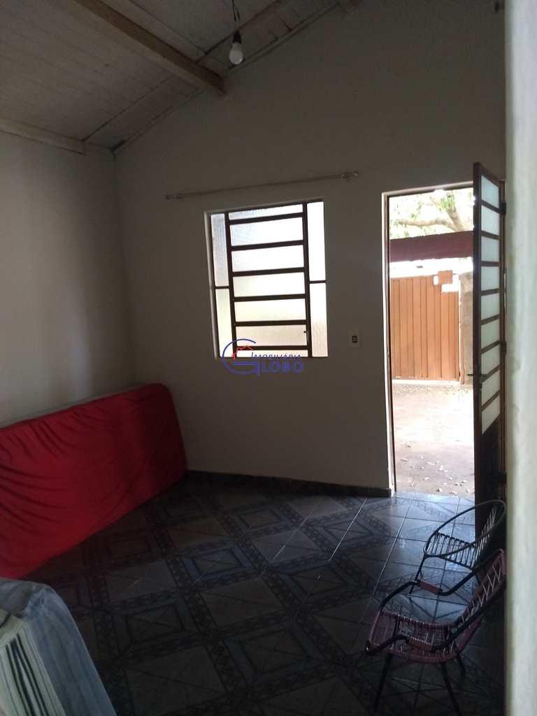 Casa em Jales, no bairro Conjunto Habitacional Vereador Dercilio Joaquim Carvalho