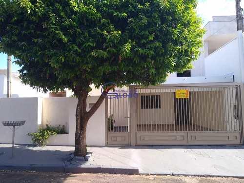Casa, código 4623 em Jales, bairro Jardim Santo Expedito