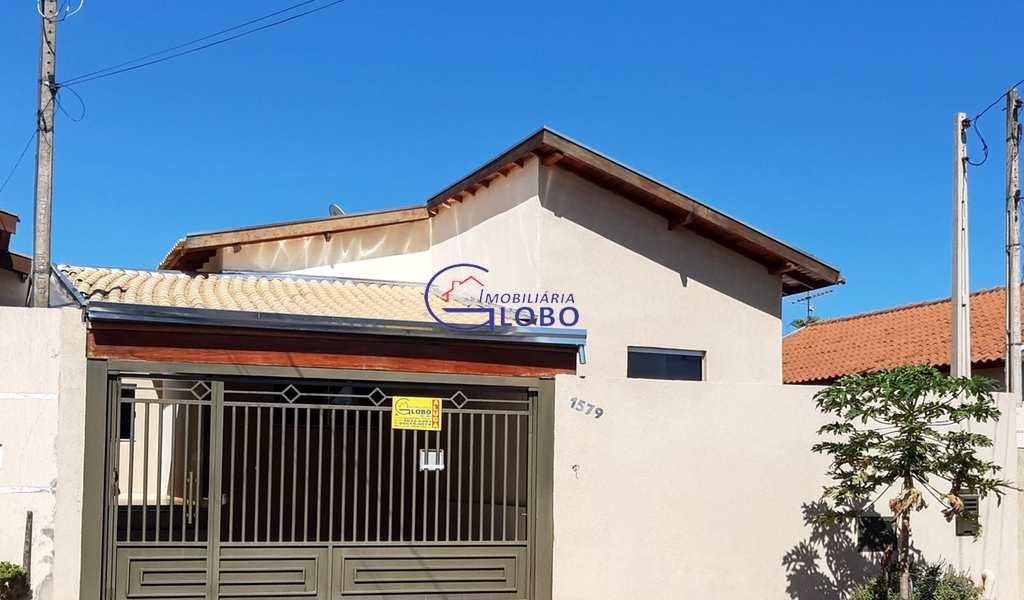 Casa em Jales, bairro Jardim Micena