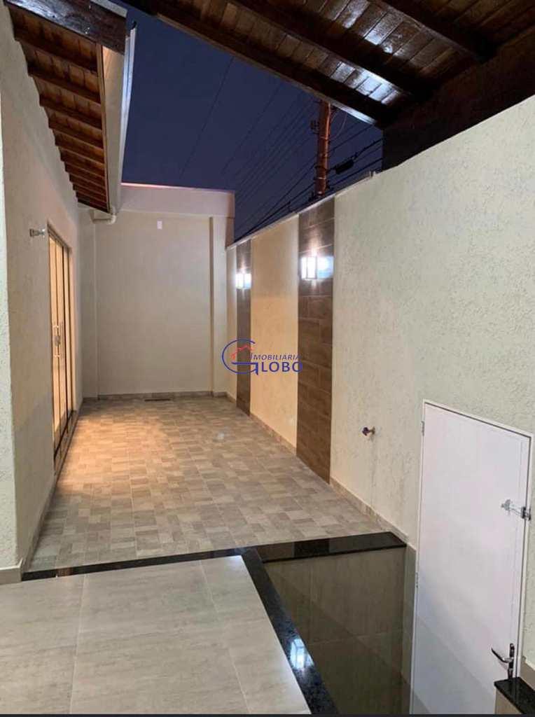 Sobrado em Jales, no bairro Conjunto Habitacional Roque Viola