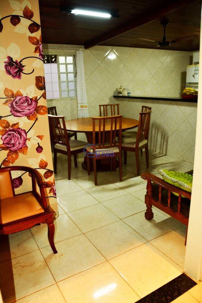 Casa em Jales, no bairro Conjunto Habitacional José Antonio Caparroz Bogaz