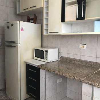 Kitnet em São Vicente, bairro Biquinha