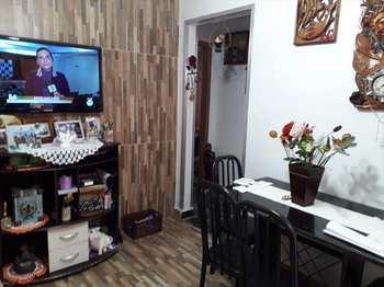Apartamento, código 54681300 em São Vicente, bairro Parque Bitaru