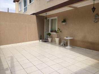 Casa, código 54647700 em São Vicente, bairro Vila Voturua