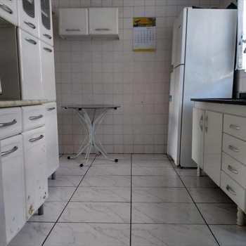 Apartamento em Santos, bairro São Jorge