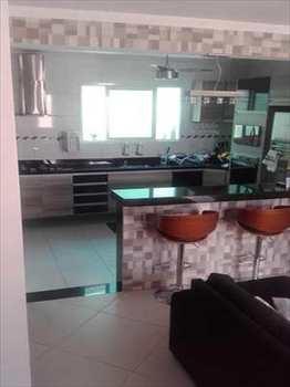 Sobrado, código 54624400 em São Vicente, bairro Parque São Vicente