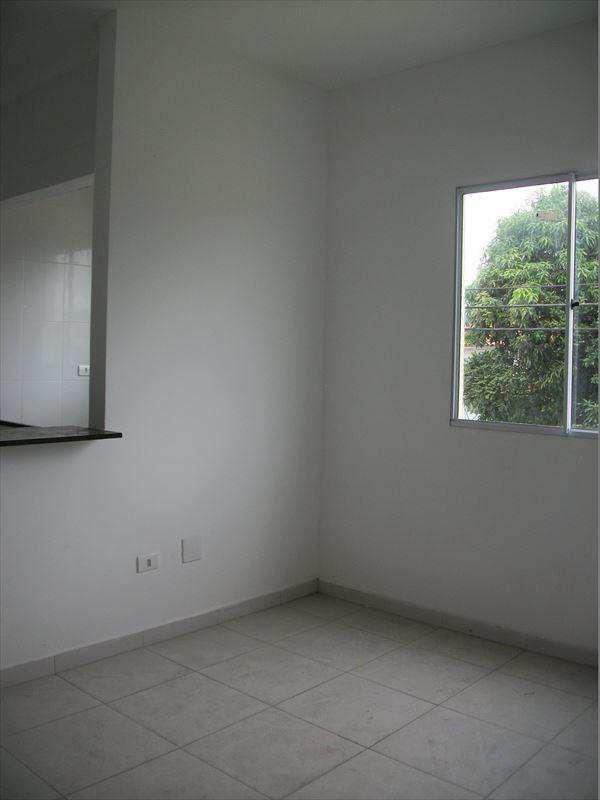Apartamento em São Vicente, no bairro Vila Nossa Senhora de Fátima