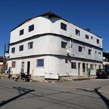 Casa em São Vicente, bairro Vila Matias