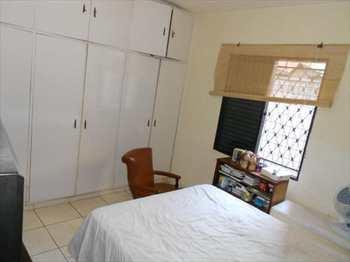 Apartamento, código 481100 em Santos, bairro Encruzilhada