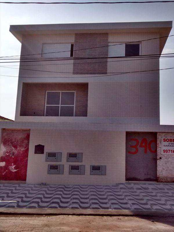 Casa em Santos, no bairro São Jorge