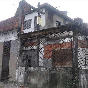 Casa em São Vicente, bairro Vila Iolanda