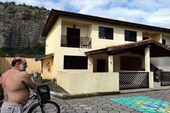 Sobrado de Condomínio, código 174100 em São Vicente, bairro Vila São Jorge